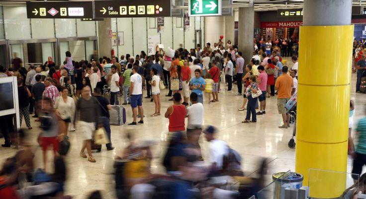 El tráfico aéreo batirá este año el máximo de 2007 tras un verano récord   Economía   EL PAÍS