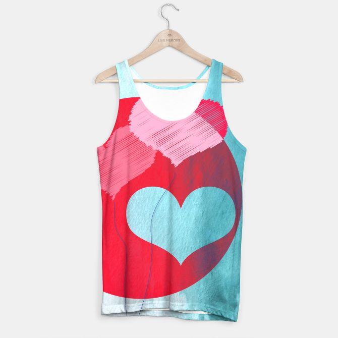 LOVE IS IN THE AIR #tankTop #fashion #valentine #moda #trendy