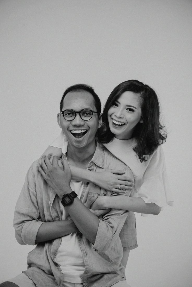 Smile like you never done before. Last as a family.  #wedding #photography #prewedding #studiophoto #casual #blackandwhitephoto