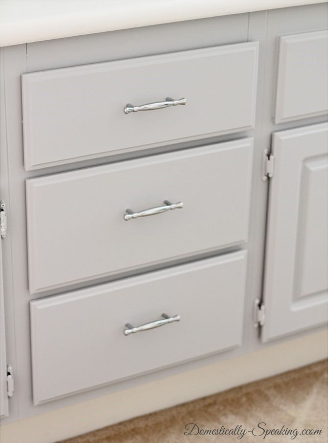 Installing cabinet hardware the easy way for Adding hardware to kitchen cabinets
