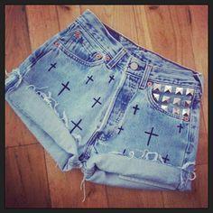 shorts de jean cruces + tachas - Buscar con Google