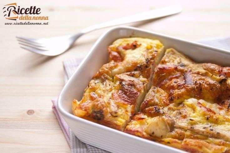 Uno sformato invitante e gustoso con il sapore intenso dei carciofi la cremosità della mozzarella filante e quel tocco in più del prosciutto cotto e della menta. Un piatto unico primaverile o un sostanzioso contorno.