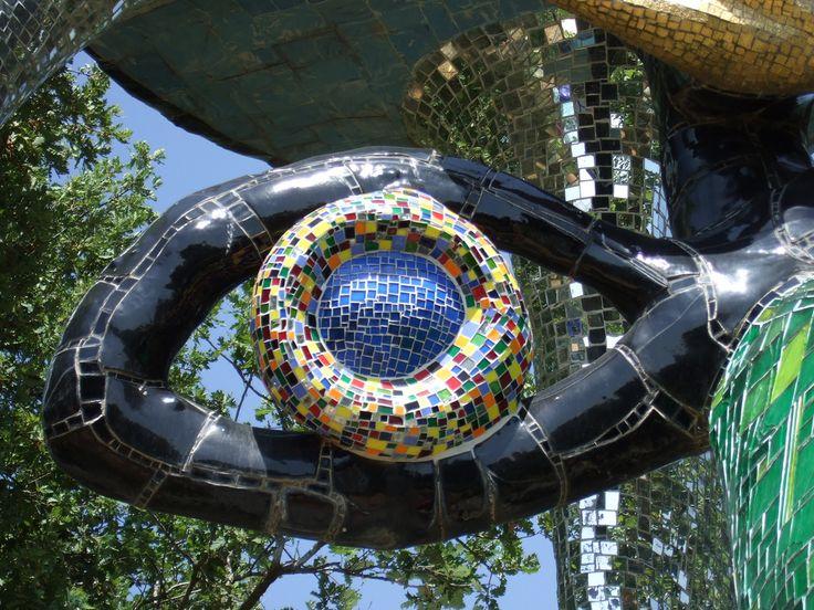 1000 images about niki de saint phalle on pinterest - Jardin tarots niki de saint phalle ...