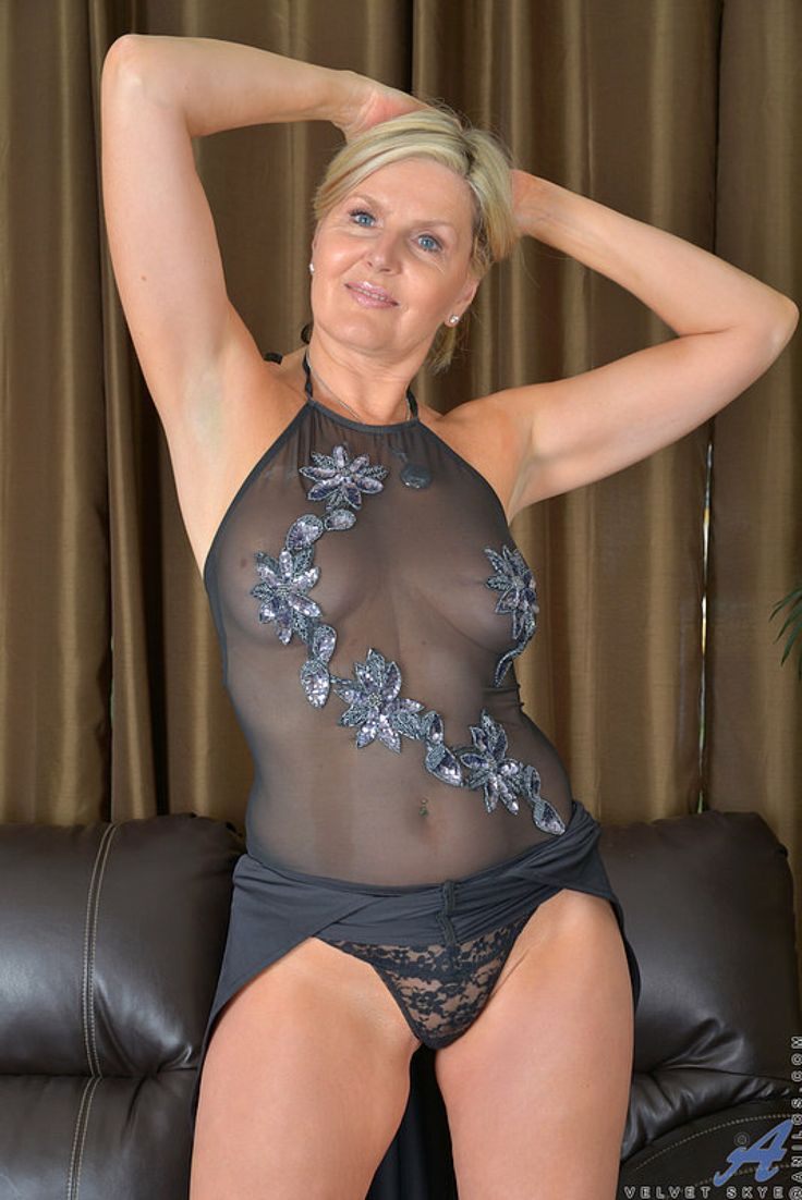 Milfs Collection Mature 74