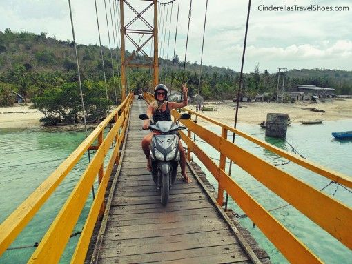 Me passing the bridge from Lembongan to Ceningan