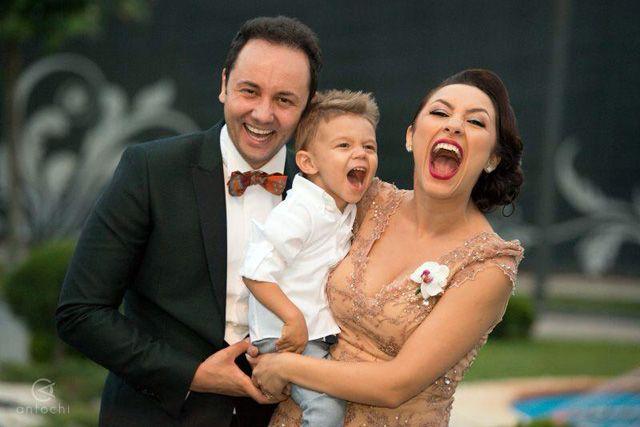 Vor fi din nou parinti! Maruta si Andra sunt in al noualea cer! - http://romaniamondena.ro/vor-fi-din-nou-parinti-maruta-si-andra-sunt-in-al-noualea-cer/