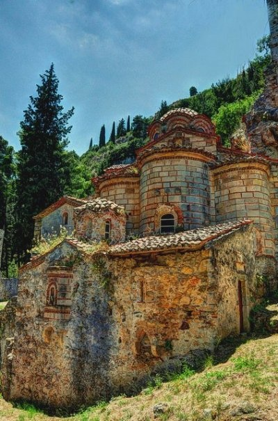 The church of Our Lady Peribleptos - Mystras / Tumblr
