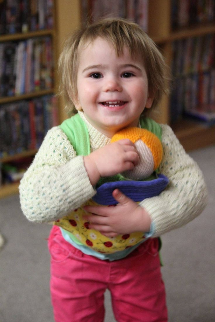 At Little Ones- we love babywearing :)