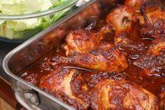 esta receta pollo enchilado es muy fácil de hacer y con un sabor exquisito que quedaras con ganas de volver a repetir otra porción . ingredientes 12-15 piezas pollo 5-7 chiles morita (chipotle seco) 5 chiles guajillo secos 3 chiles anchos secos 4 ajos 2 jitomates rojos 5 tomates verdes (tomatillos) 100 gr uva…