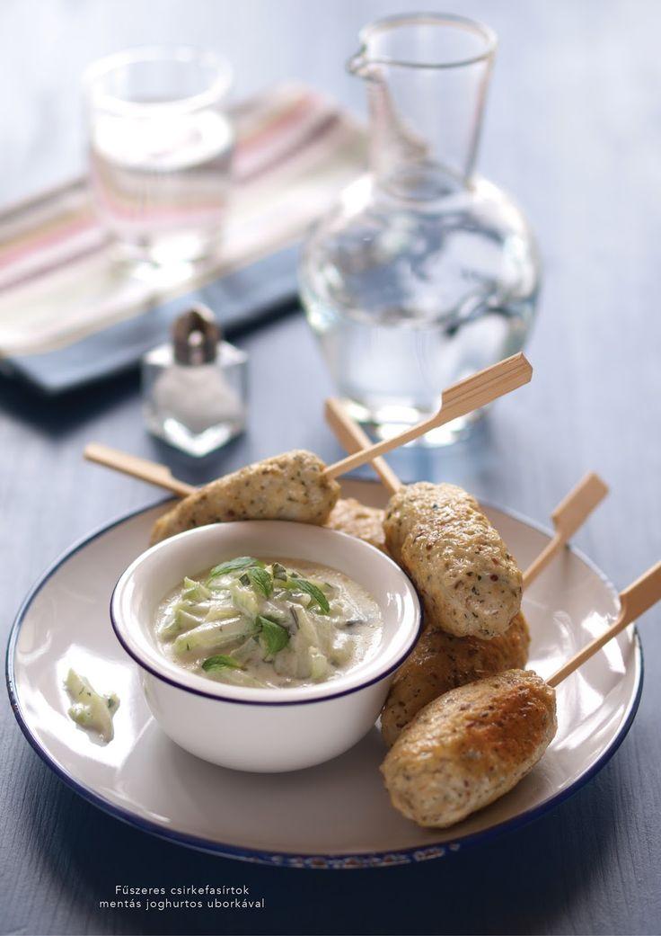 Fűszeres csirkefasírtok mentás joghurtos uborkával ~ PIN MAGAZIN