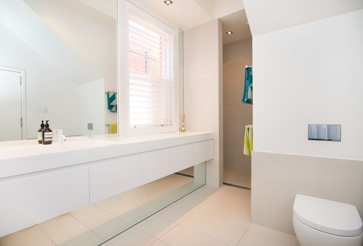 Luxurious bathroom design for this renovated Medindie home #Deluxe