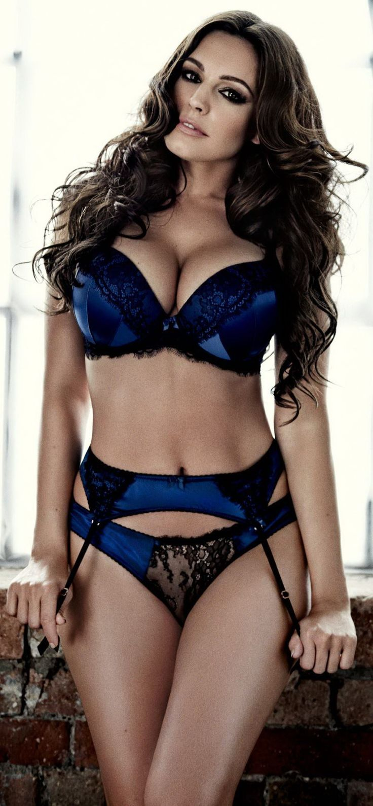 Kelly Brook cute lingerie. More sexy women at http://sexy-calendars.net.