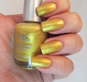 JANUARY 2013: NK NAIL ENAMEL IN THE COLOR: flamboyant
