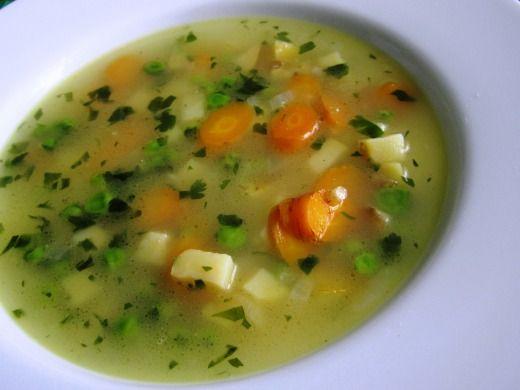 Letní polévka s hráškem