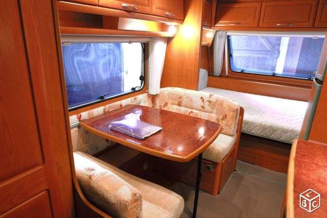 A SAISIR caravane Caravelair état vraiment neuf