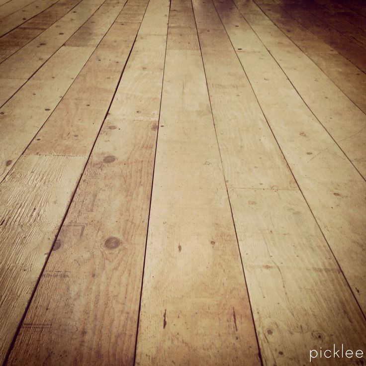 DIY: Wide Plank Farmhouse Floor Tutorial - made from plywood!