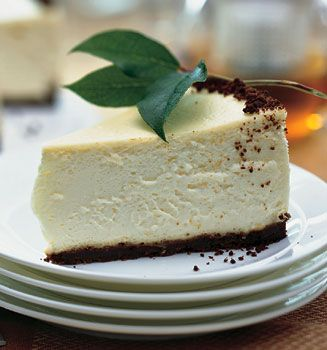 Lemon Cheesecake with Gingersnap Crust