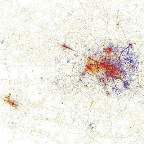 En rouge, les zones que les touristes prennent en photo ; en bleu, celles photographiées par les Parisiens.