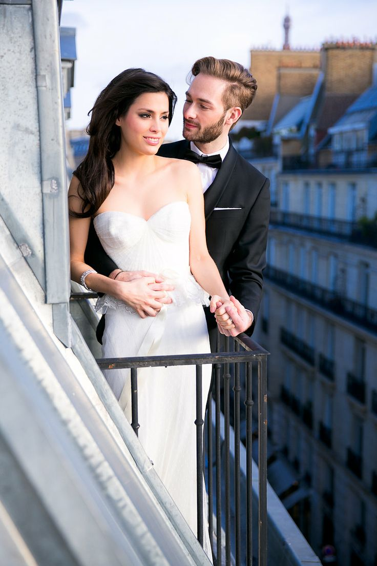 Moments in Paris.  An amazing photo shot by Le Secret D'Audrey. Galia Lahav wedding dresses.