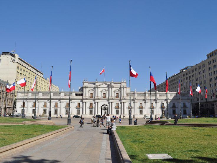 Palacio de la Moneda y Plaza de la Constitución