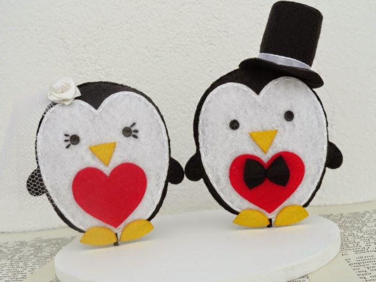 Topo de Bolo Pinguins: http://www.elo7.com.br/topo-de-bolo-pinguins/dp/451A20