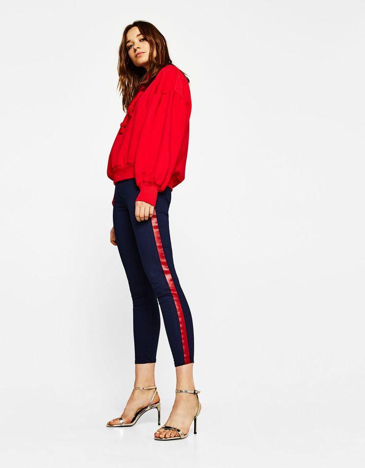 Skinny Cropped stretchy jeans - Jeans - Bershka United Kingdom