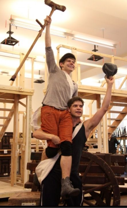 Jeremy/Jack Kelly, and Andrew Keenan Bolger/Crutchie.