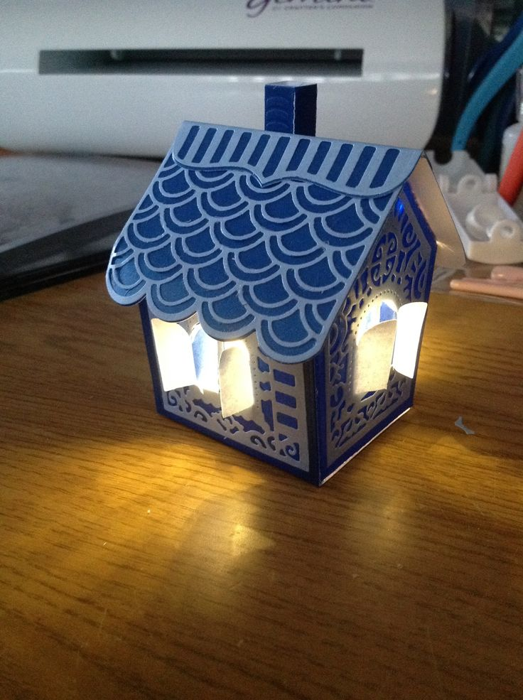 Made by Ruth Davis - This is my first Tonic Gingerbread House. It's so cute! I couldn't resist lighting it with some Heartfelt lights..magic!