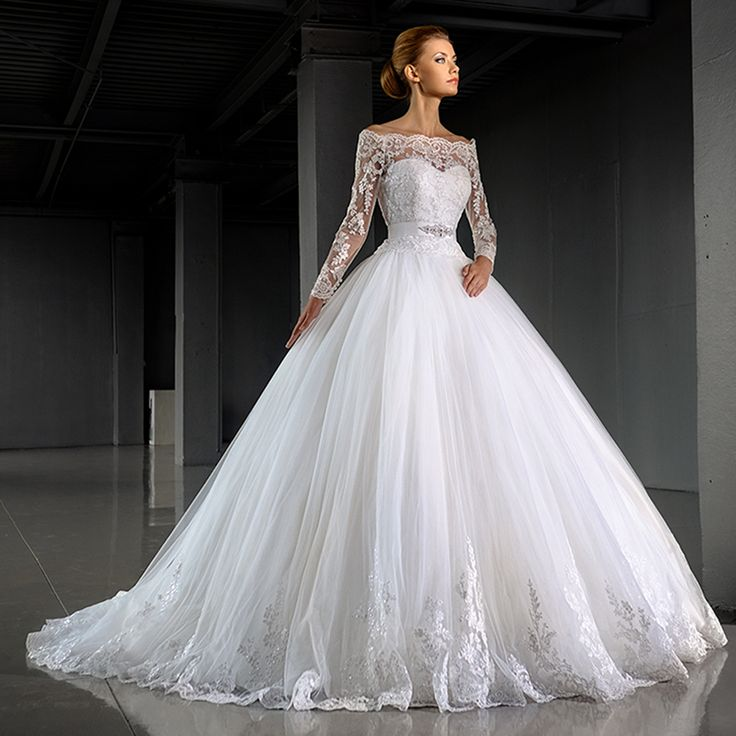 Trendy Winter Ball Gown Lace Wedding Dresses With Long Sleeve Jacket Tulle Bridal Dress Off the Shoulder