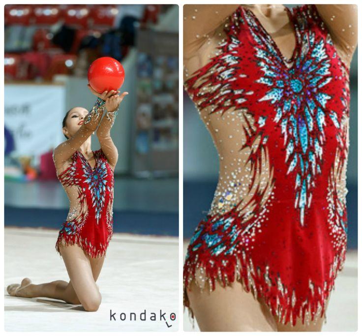 Rhythmic gymnastics leotard (photos by Kondakov L)