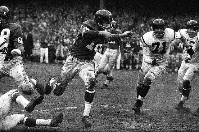 Frank Gifford  Nov. 29, 1959 vs. Redskins