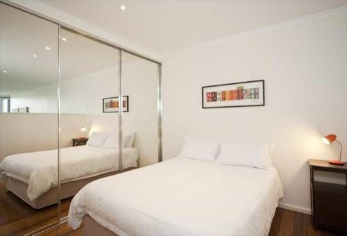 Surry Hills 2 Bedroom Furnished Apartment For Rent