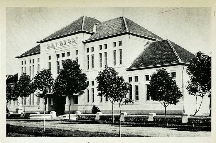 Neutrale Lagere School Mauritsstraat Malang 1914-1939.