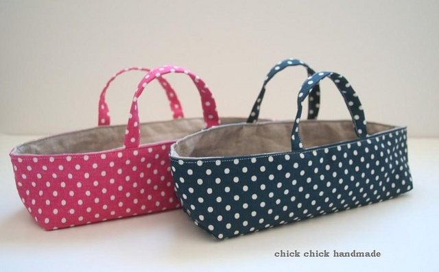 linen organizers (reversible) by chick chick sewing (amy), via Flickr