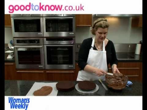 Chocolate ruffle cake tutorial-YUM