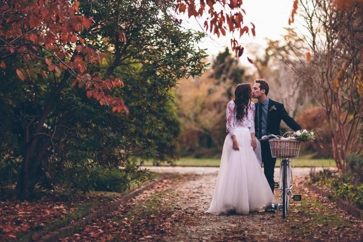 Word of Alex Marks' photography skills has spread like a Mexican wave across the wedding world. Our suggestion? Lock him in quick!  #Australian #wedding #photographer #sydney #vendor #wedshed
