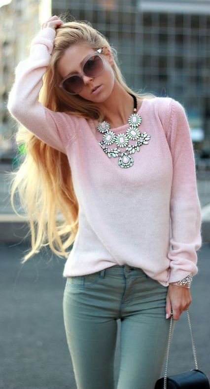 statement & Pink I could wear m y grayish skinny's with a powder pink sweater throw on a nice matching scarf