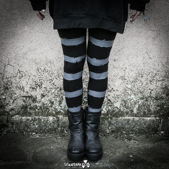 HAIIRO - Leggings Strisce Grigio su Nero Fuseaux Industrial Post Punk Moda Alternativa Goth Dark Dystopia Dipinti a Mano