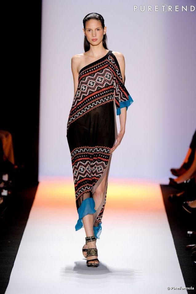 navajo fashions | Le style Navajo sur les podiums Défilé BCBG Printemps-Eté 2012 ...