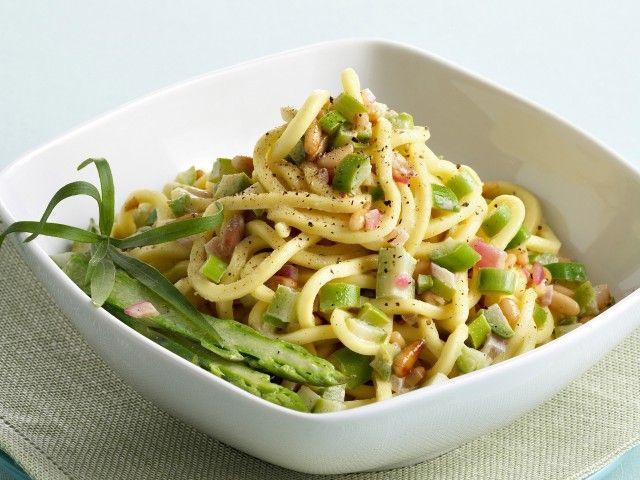Troccoli con ragù bianco di asparagi e pinoli - Ottimo!!!