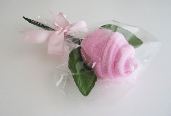 Washcloth lollipop rose. Cute party favor idea for a baby shower.