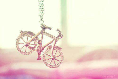 Bisiklet üzerindeyim