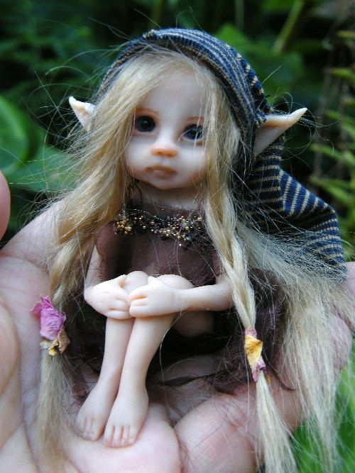 Sculpted fairy - love her!