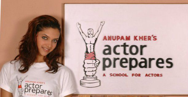 #ThrowbackTime Here's an unseen picture of Deepika Padukone from her days as a student in #actorprepares