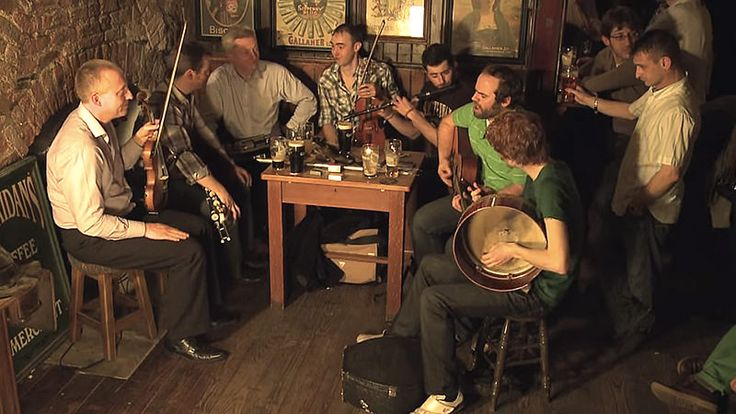 The 10 Best Irish Drinking Songs
