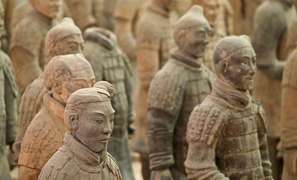 Terracotta Krigere. Kinas Mange Ansigter! Fantastiske rundrejser i hele verden med Bravo Tours. Køb rejsen på www.bravotours.dk #BravoTours #SåSigerManBravo #FeriePåDansk #Kina #Culture #View #Attraction