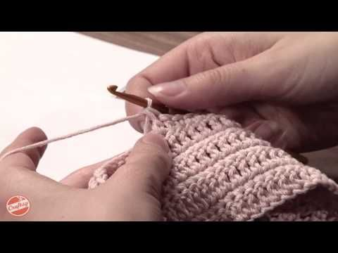 How To: Change Yarns in the Middle of Your Crochet Project with Linda Permann. Click: http://www.craftsy.com/ext/Pinterest_21_6