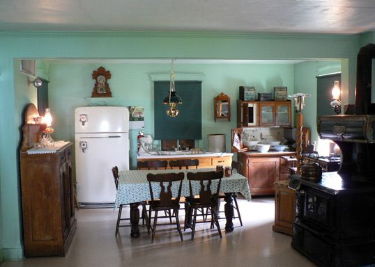 Amish Kitchens   Google Search