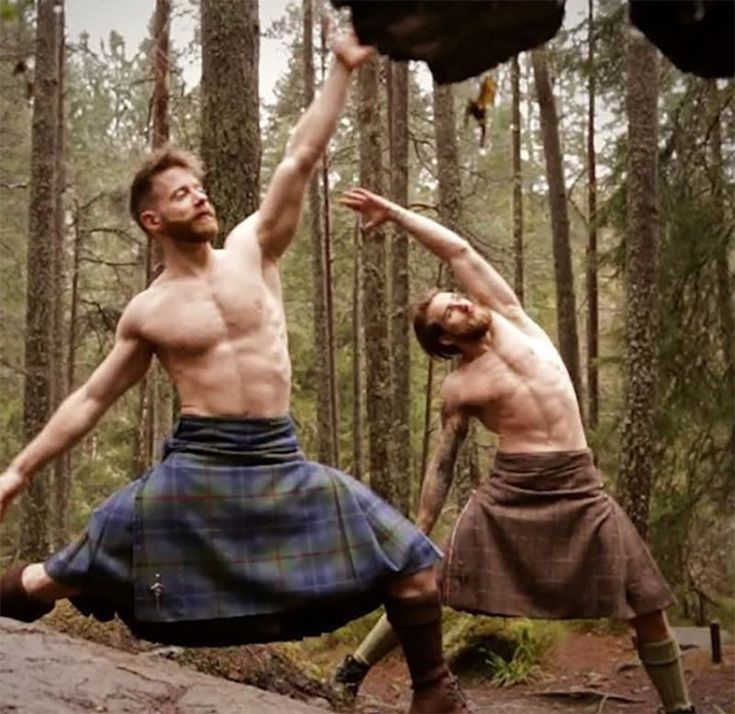 This week my twitter has been on fire with screen shots of men in kilts doing yoga, which isn't a bad thing if I'm honest. Watch the video now.