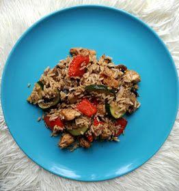 Przepis na fit obiad- kurczak z warzywami i brązowym ryżem